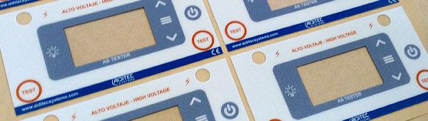 Botoneras de policarbonato mate y brillo impresión indeleble con tecnología digital UV