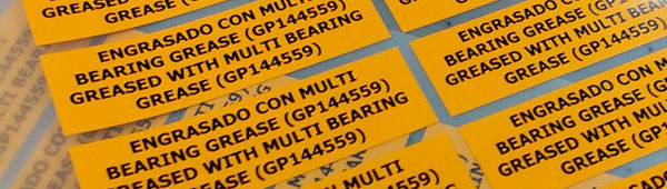Las etiquetas adhesivas de poliéster son totalmente personalizables sin inversión en troquel de corte