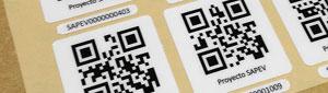 Fabricación de etiquetas adhesivas con Códigos Qr
