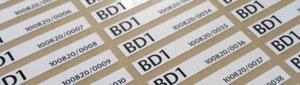 Etiquetas adhesivas con numeración variable