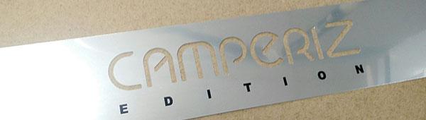 Placa aluminio anodizado grabado y entintado, logo superior fresado con centro de mecanizado