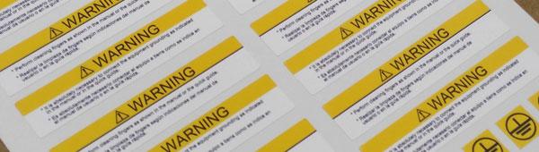 Etiquetas de seguridad en pvc ultradestructibles totalmente personalizables. Entrega en rollo o formato.
